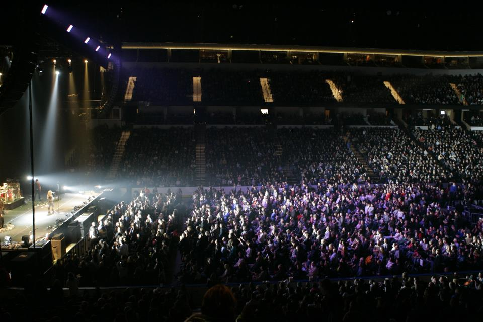 Taylor Swift Plays to a Packed House