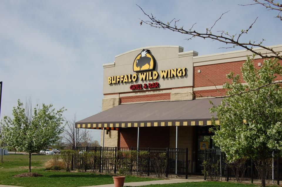 Buffalo Wind Wings at Poplar Creek Crossing in 59-90