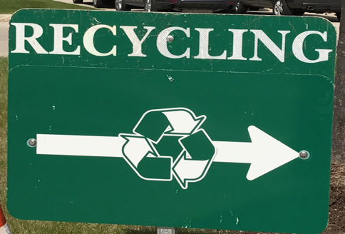 Recycling this way sign
